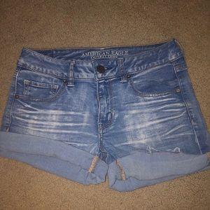 american eagle light/medium wash jean shorts